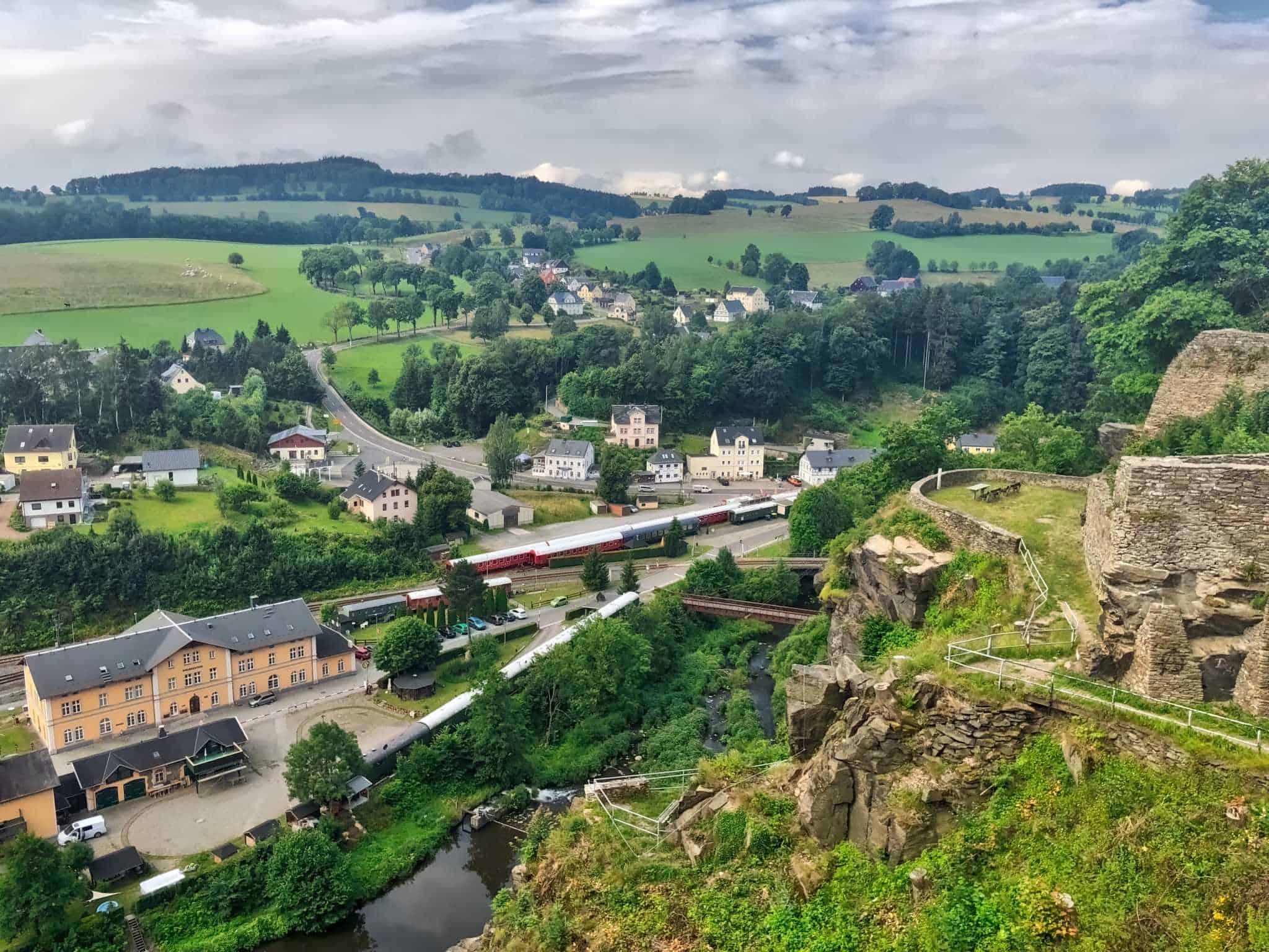 Blick ins Zschopautal vom Schloss Wolkenstein