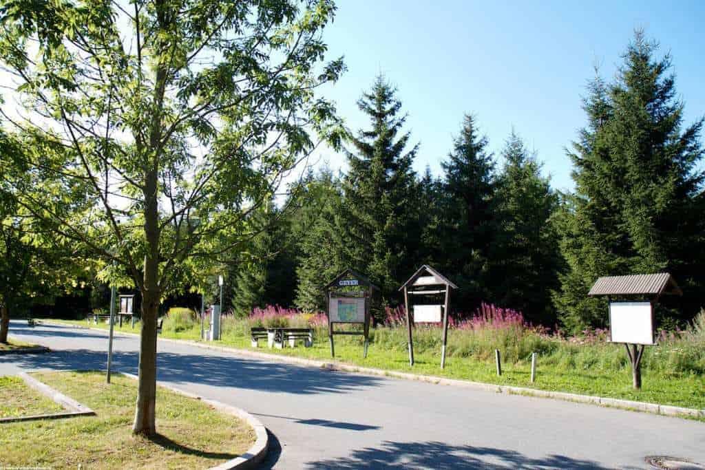 Start und Ziel der Liedersteinwanderwege bei Geyer