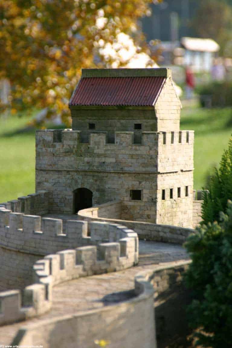 die chinesische Mauer in der Miniwelt in Lichtenstein