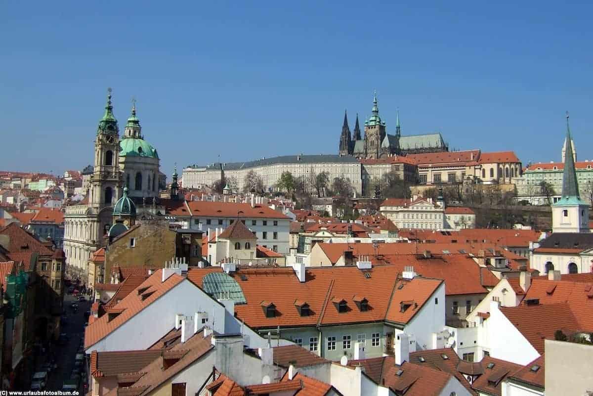 über den Dächern von Prag